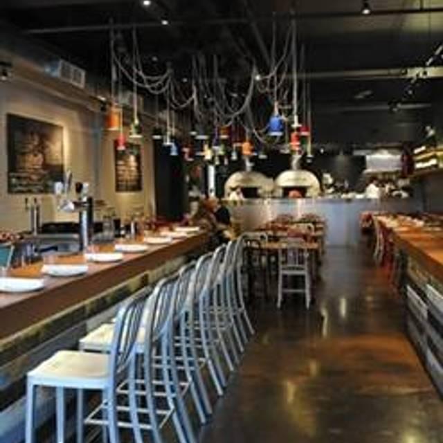 Pizzeria Libretto Danforth, Toronto, ON