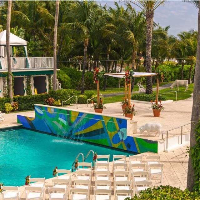 The Social Club - Surfcomber South Beach, Miami Beach, FL