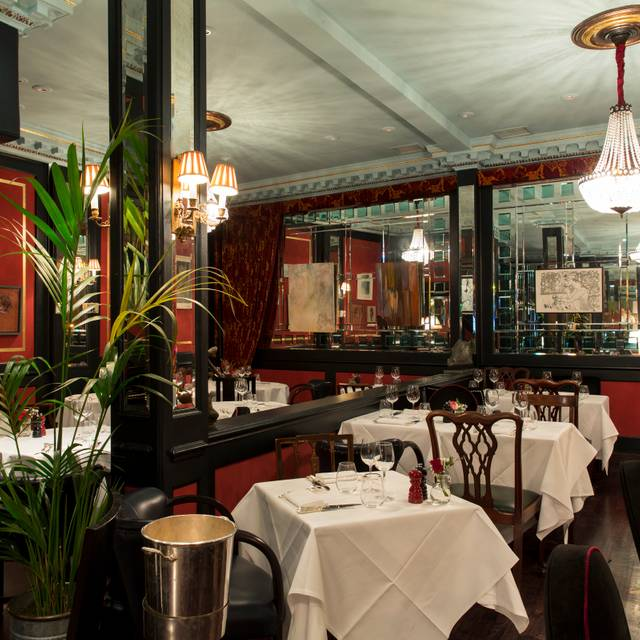 L'Escargot, London