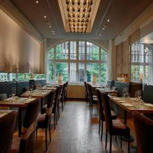 Tschebull - Restaurant, Beisl, Bar