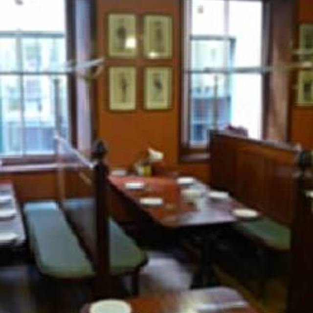 Simpsons Tavern, London