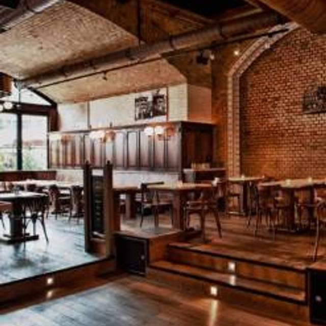 46 Restaurants Near Hackescher Markt Opentable
