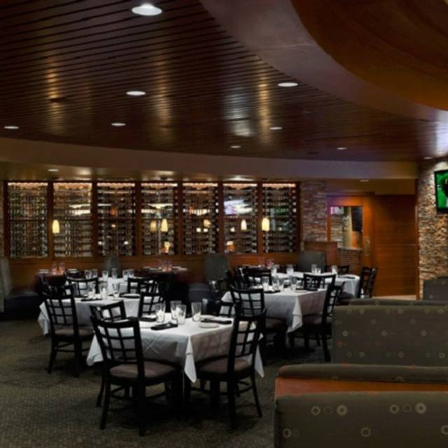 Dining Room - Ditka's - Oak Brook, Oakbrook Terrace, IL