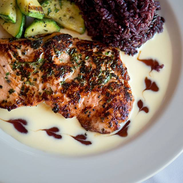 Duke's Seafood & Chowder - Tacoma, Tacoma, WA