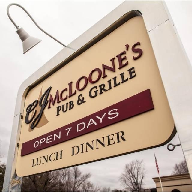 CJ Mcloones, Tinton Falls, NJ