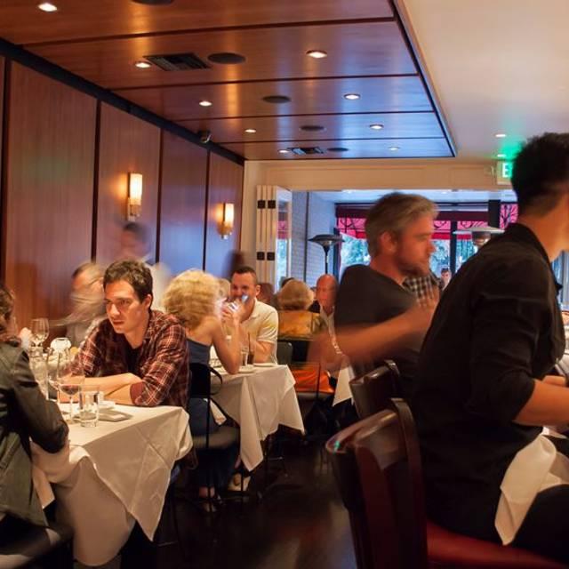 L'assiette Steak Frites, West Hollywood, CA