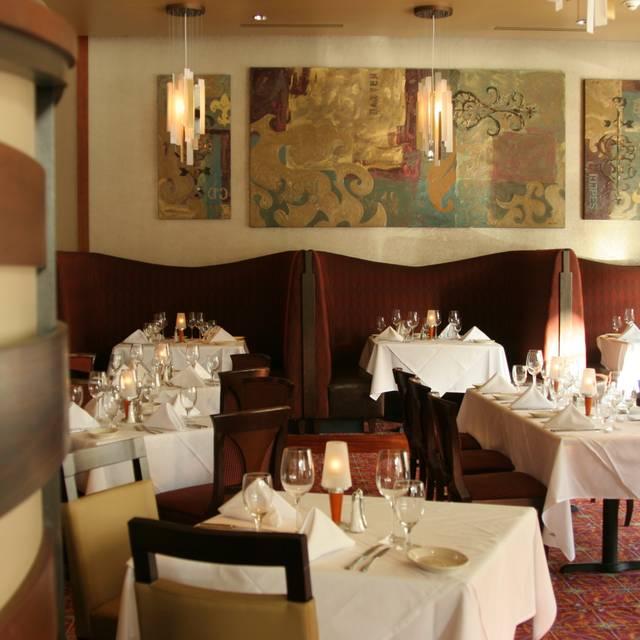 Ruth's Chris Steak House - Pasadena, Pasadena, CA