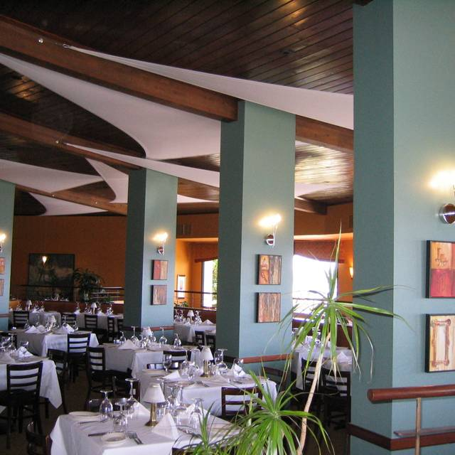 To experience fine dining at its best Just follow the sizzle to Ruth's Chris Steak House located in San Diego, California! History. Established in The Ruth's Chris Steak House legacy began when Ruth Fertel mortgaged her home for $22, to purchase the