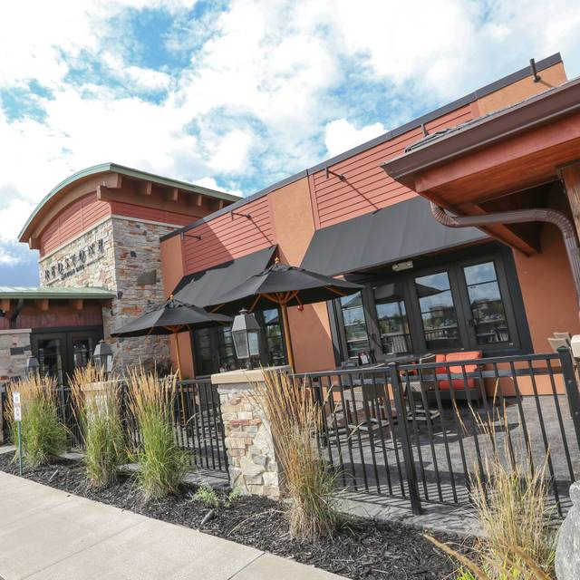 Redstone American Grill - Maple Grove, Maple Grove, MN