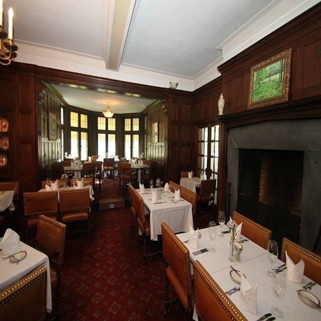 The Oak Room at the Granville Inn, Granville, OH