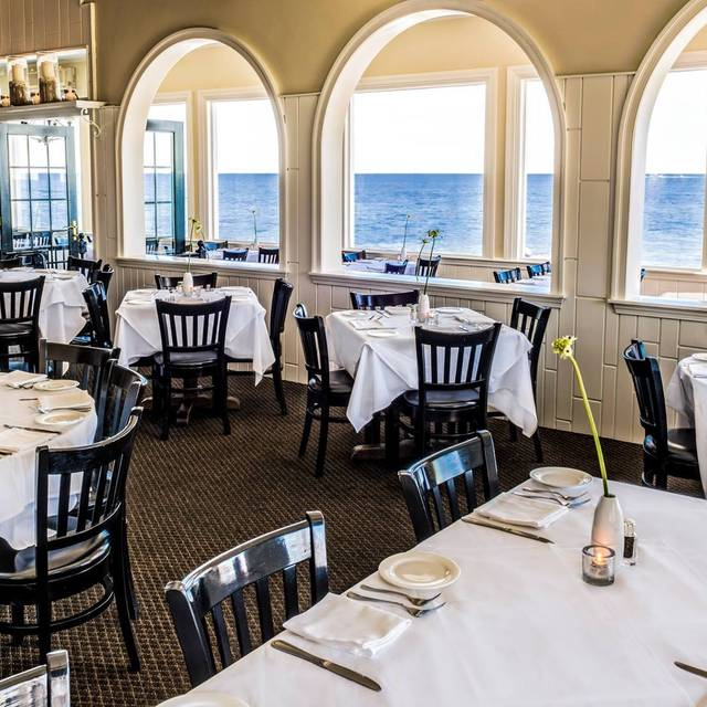The Ocean House Restaurant - Cape Cod, Dennis Port, MA