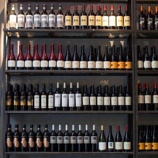 MAX's Wine Dive Atlanta - 12th St. NE, Atlanta, GA