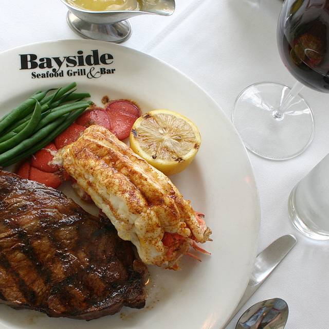 Bayside seafood grill bar naples naples miami for Fish restaurant naples