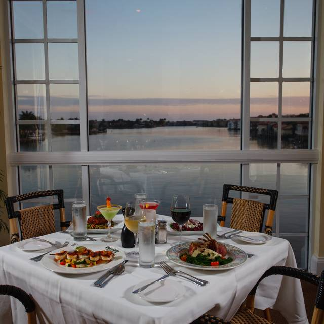 Bayside Seafood Grill Bar Restaurant Naples Fl Opentable