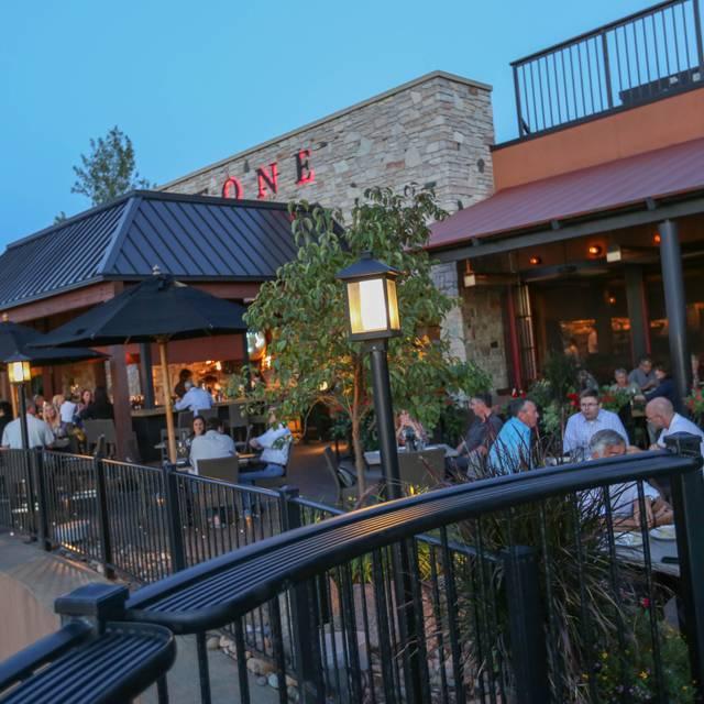 Redstone American Grill - Eden Prairie, Eden Prairie, MN