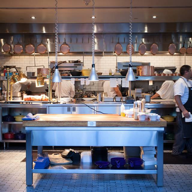 Brasserie beck restaurant washington dc opentable - Table restaurant washington dc ...
