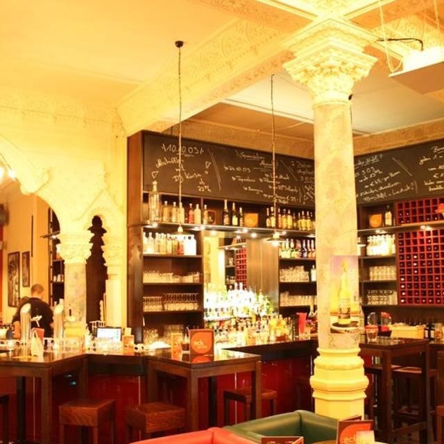 eckpunkt bar lounge bistro itzehoe sh opentable. Black Bedroom Furniture Sets. Home Design Ideas