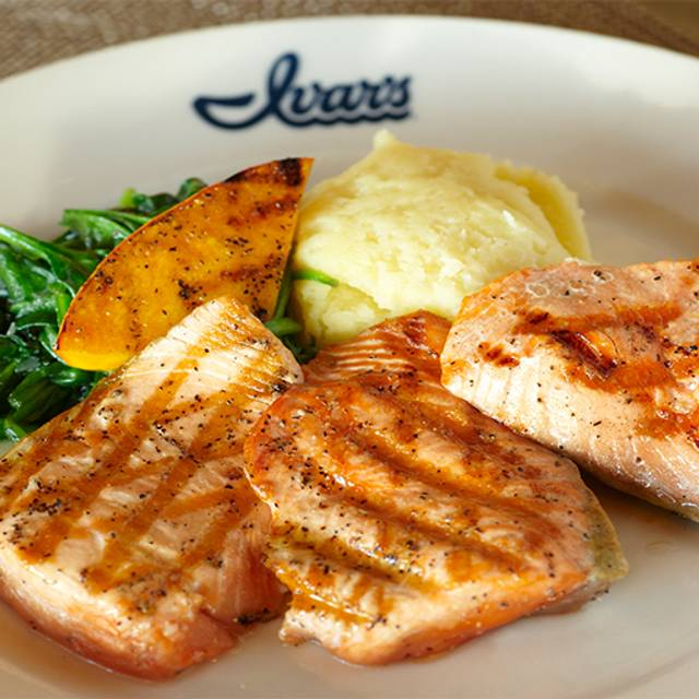 Ivar's Salmon House, Seattle, WA