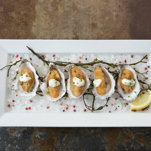 H2O: Seafood & Sushi, Smithtown, NY