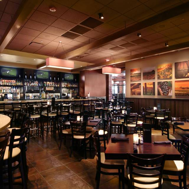 Cooper's Hawk Winery & Restaurant - Burr Ridge, Burr Ridge, IL