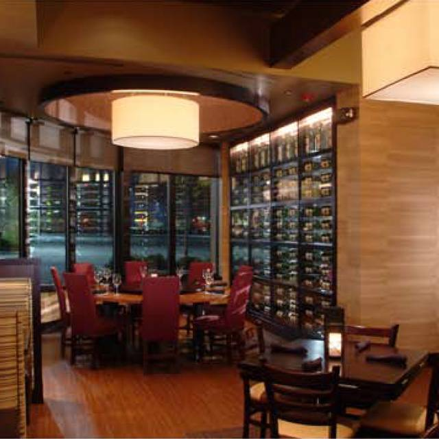 Cooper's Hawk Winery & Restaurant - South Barrington, South Barrington, IL