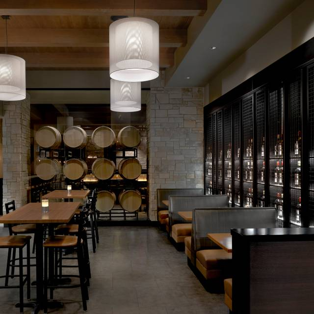 Cooper's Hawk Winery & Restaurant - Springfield, Springfield, IL
