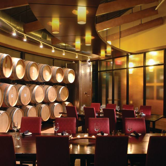 Cooper's Hawk Winery & Restaurant - Wheeling, Wheeling, IL