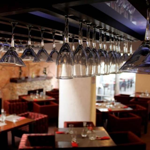 Cerrado permanentemente villazapata restaurante for V encarnacion salon