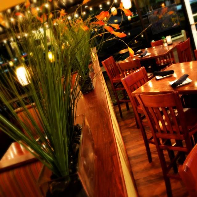 Madfish grill restaurant sarasota fl opentable for Mad fish restaurant