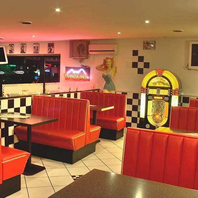 burger lounge l becker str 25 wandsbek restaurant hamburg opentable. Black Bedroom Furniture Sets. Home Design Ideas
