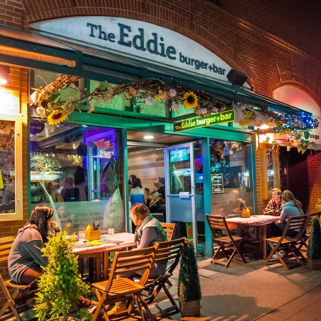 The Eddie Burger + Bar, Banff, AB