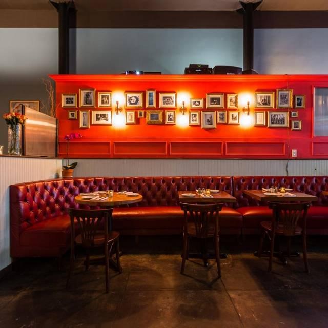 Le Midi Bar & Restaurant - New York, NY