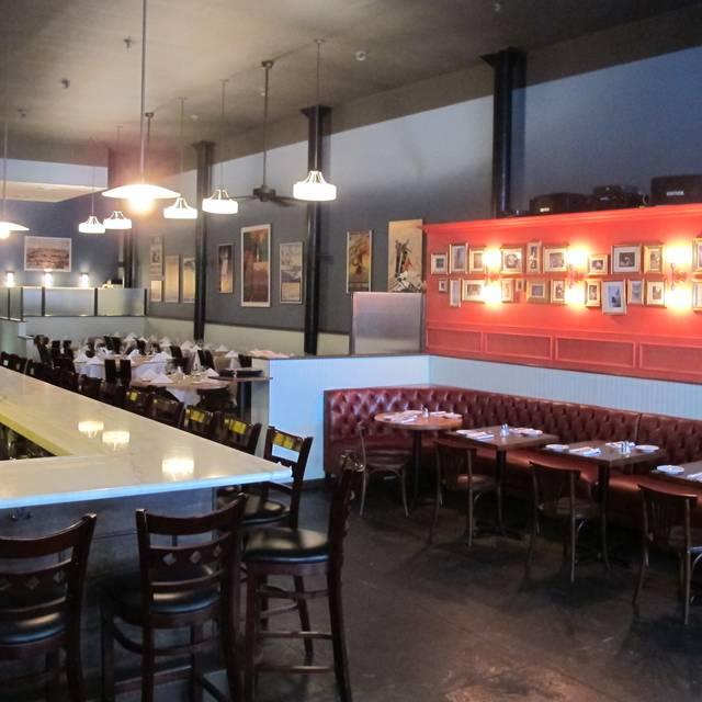 Le Midi Bar & Restaurant, New York, NY