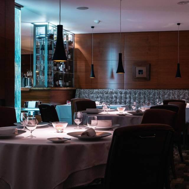 Bohemia restaurant saint helier jersey opentable for Table 52 opentable
