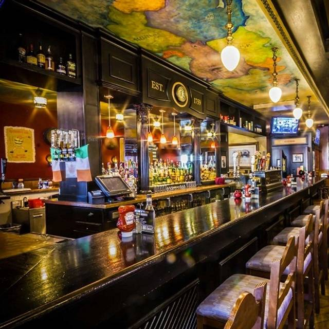 Claddagh Irish Pub Ahornhain mn