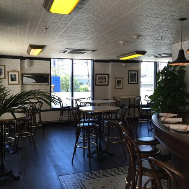 Brasserie De Paris, Hoboken, NJ