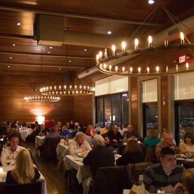 MIX Prime Steakhouse & Fish, Danbury, CT