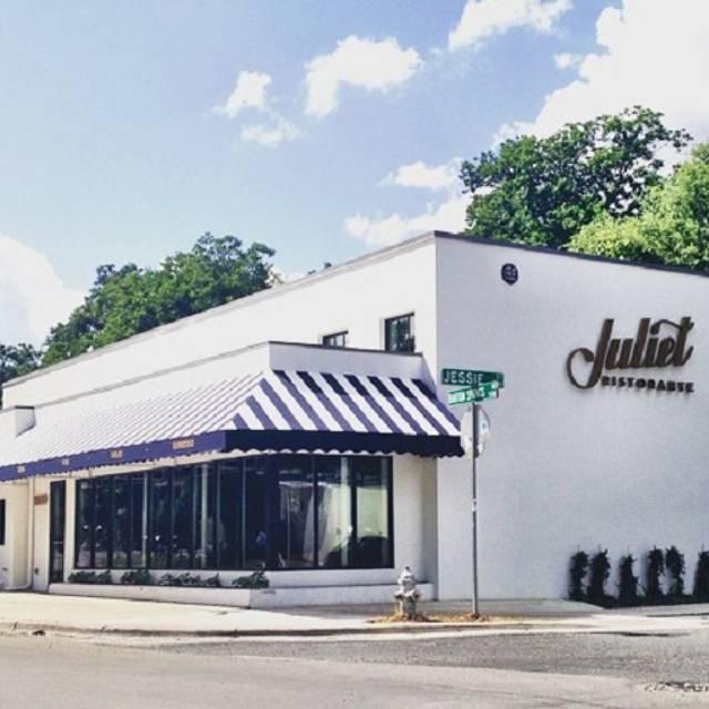 Juliet, Austin, TX