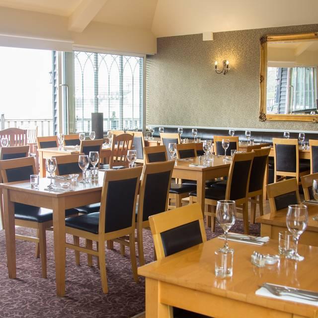The Lighthouse Restaurant The Oysterfleet Hotel Canvey