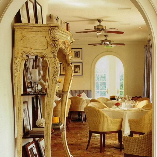 Casa tua restaurant miami beach fl opentable for Casa tua arredamenti rovereto