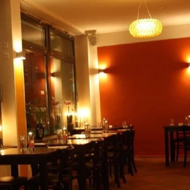 MEM - Open Kitchen Restaurant - Hamburg,
