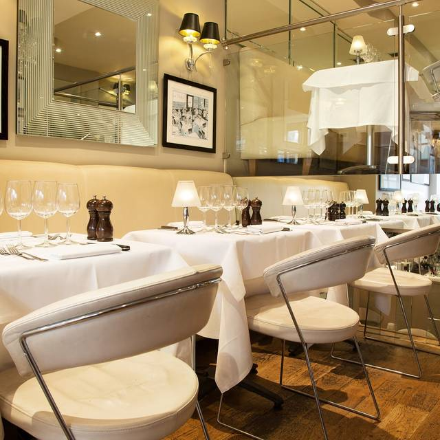 Marco Pierre White - London Steakhouse Company - Chelsea, London
