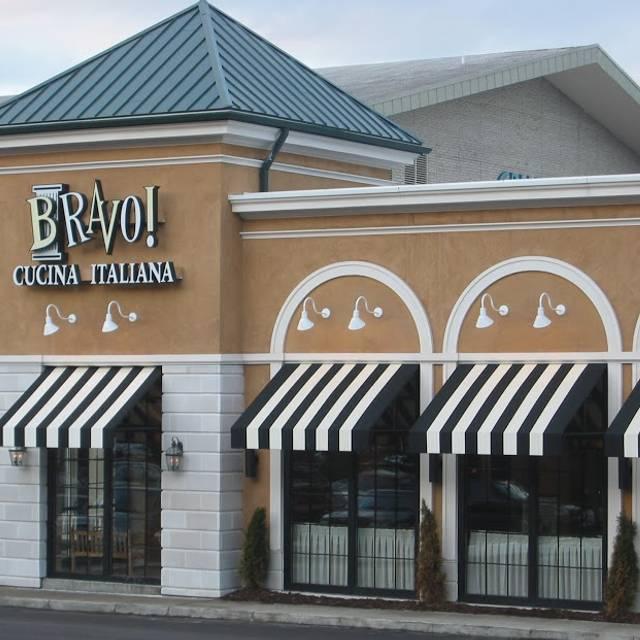 BRAVO Cucina Italiana - Pittsburgh - Galleria, Pittsburgh, PA