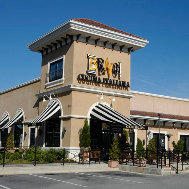 BRAVO Cucina Italiana - Greensboro - Friendly Center, Greensboro, NC
