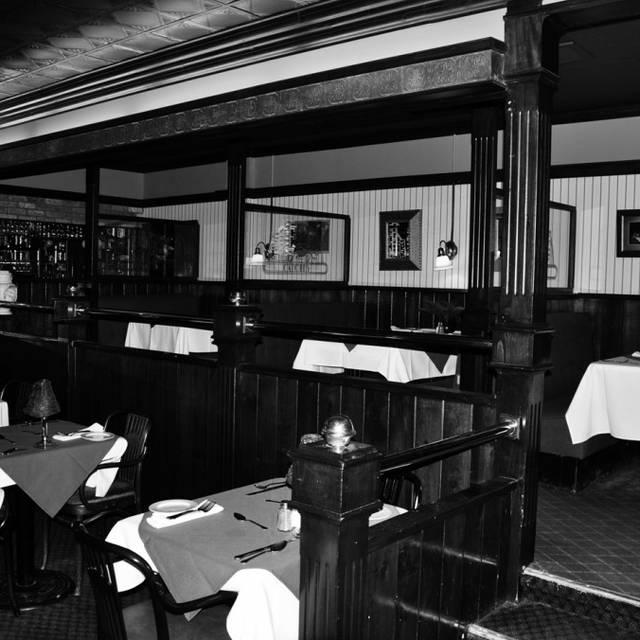 Italian Restaurant Carling Ave Ottawa