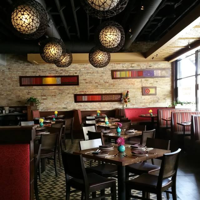 Cerrado permanentemente via lima restaurant restaurante for 0pen table chicago