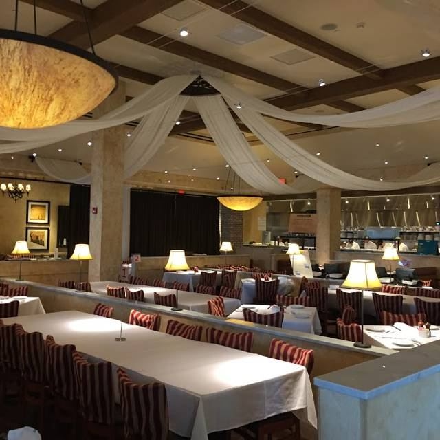 BRIO Tuscan Grille - Fairfax - Fair Oaks Mall, Fairfax, VA