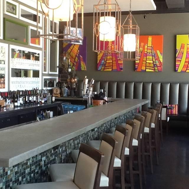 The Wine Exchange Bistro, Tampa, FL