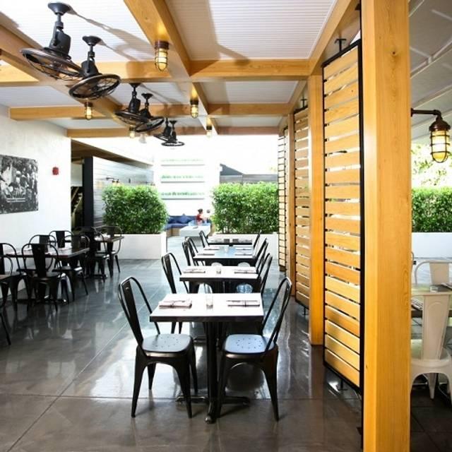 Social Eatery & Bar, Sarasota, FL