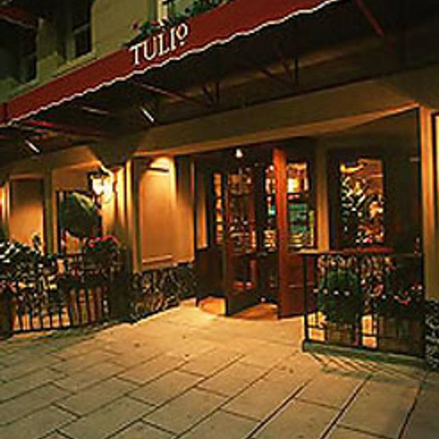 Tulio, Seattle, WA